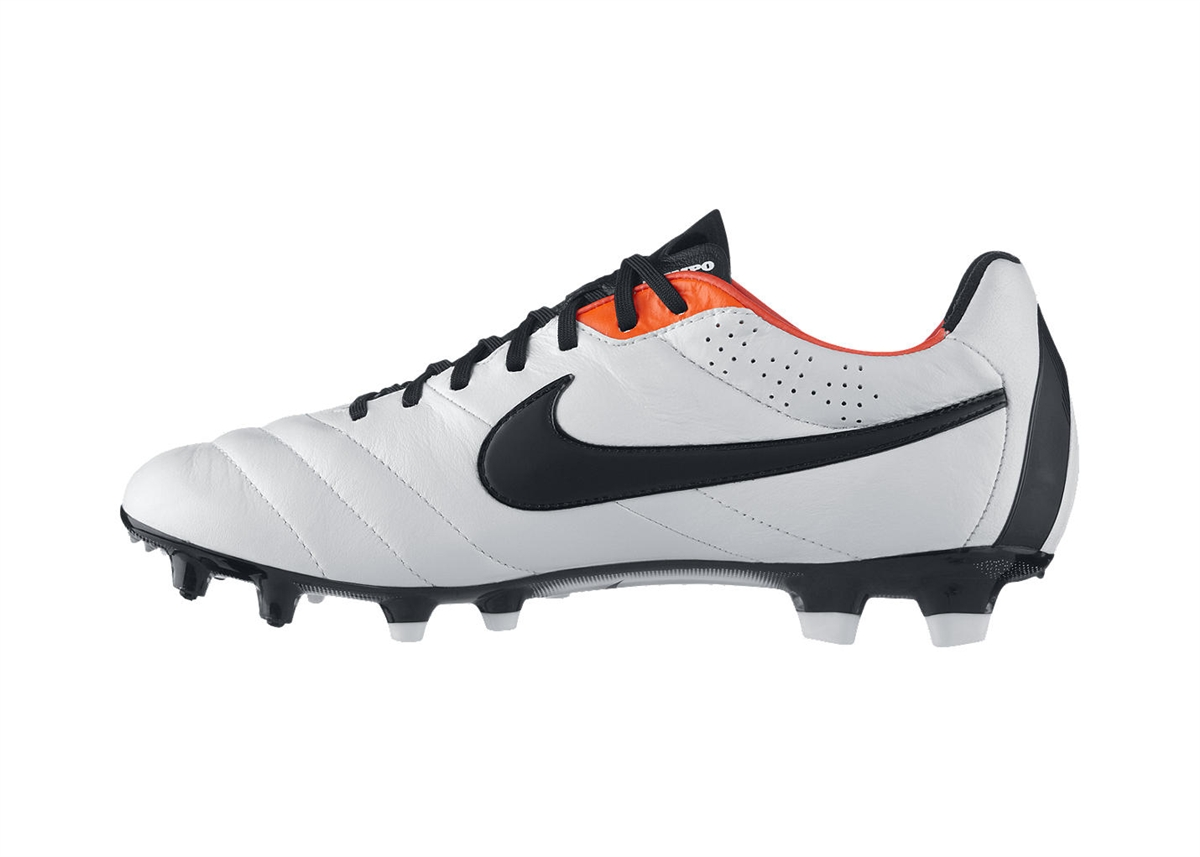 Soccer cleats nike soccer clipart clipartfox